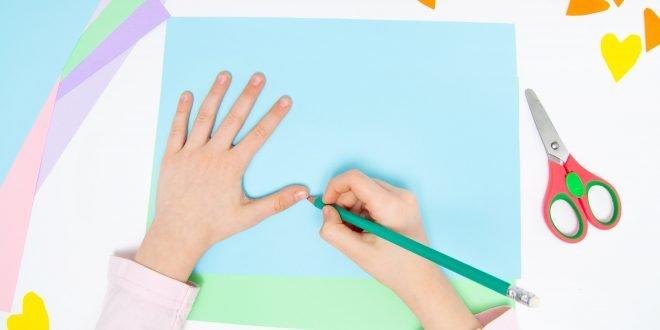 فصول بلا ورق: العودة إلى المدارس