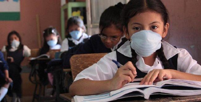 فيروس كورونا: وقف الدراسة في المدارس.. مع أم ضد؟